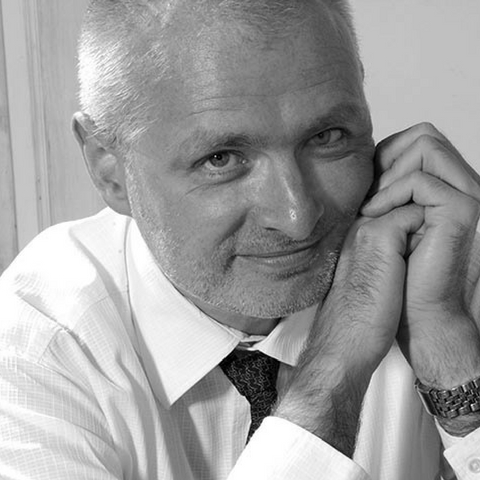 Maciej Przebindowski, Prawnik z Polecenia