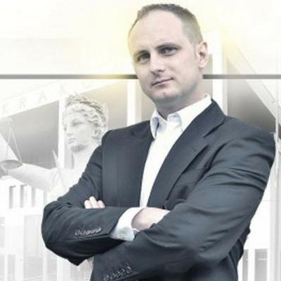 Mateusz Pieczka, Prawnik z polecenia.pl