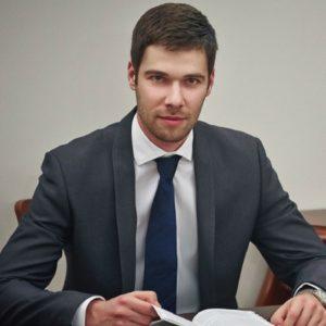 Michał Paszkiewicz, Prawnik z Polecenia