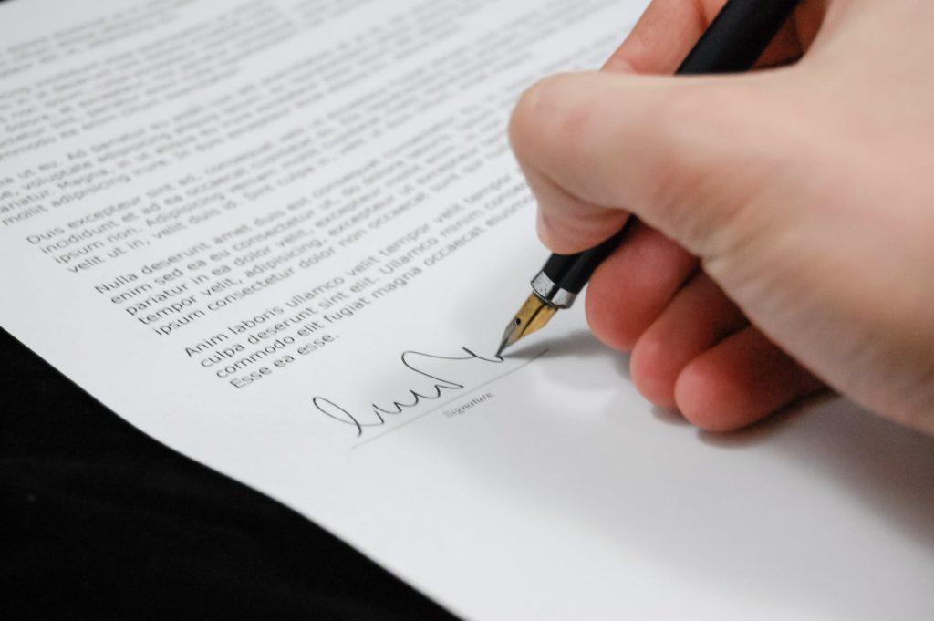 Stawki notarialne, Prawnik z polecenia