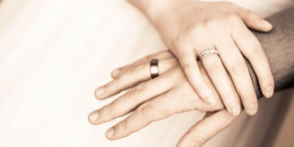 intercyza małżeństwo; prawnik z polecenia