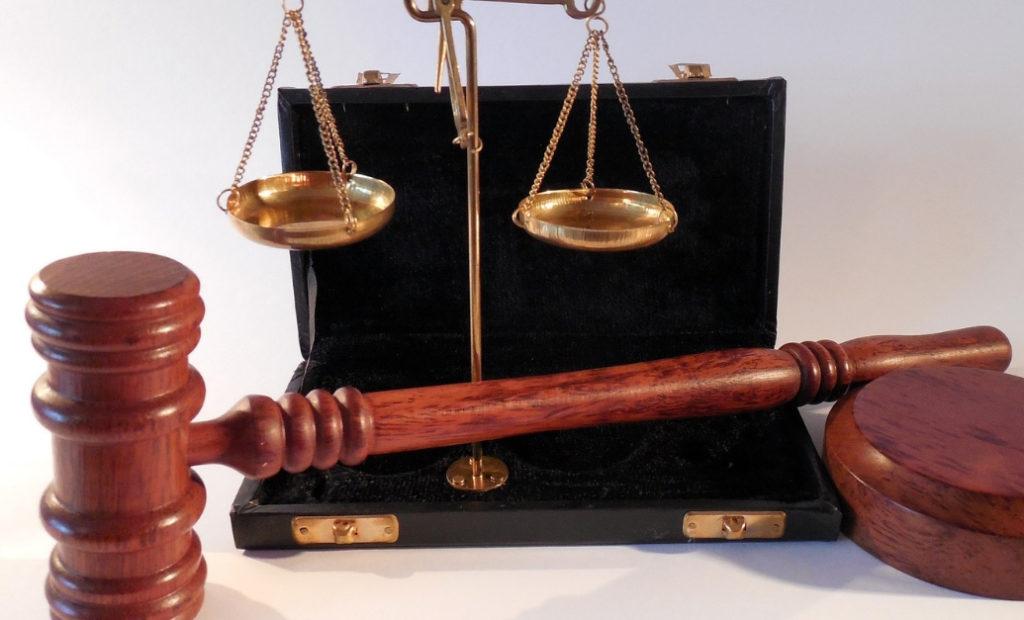 Czy prawo rzeczywiście nie działa wstecz? Blog Prawnik z Polecenia