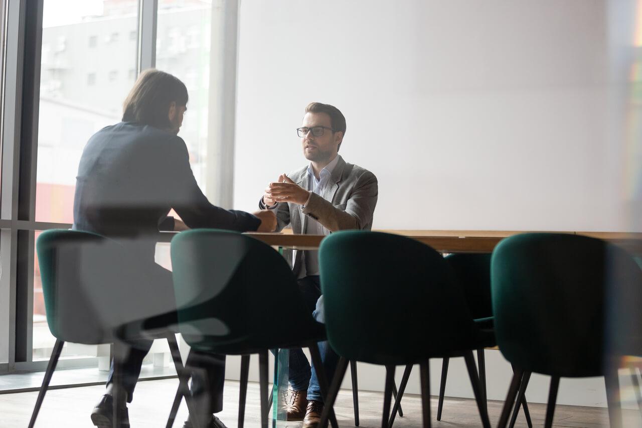 Przekształcenie jednoosobowej działalności gospodarczej w spółkę z o. o.., Prawnik z Polecenia